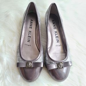 Anne Klein iFlex Silver animal Print Leather  Wome
